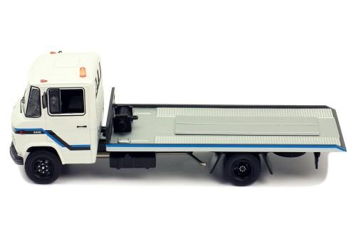 MERCEDES-BENZ L608 D 1980