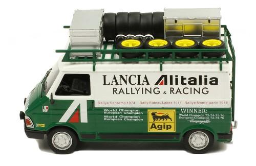 FIAT 242 Alitalia Rally Service