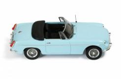 MG B Cabriolet L 1964 Light Blue (Beige interiors) UK license plate