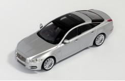 JAGUAR XJ 2011 Rhodium Silver Metalic