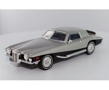 STUTZ Blackhawk Coupe - 1971