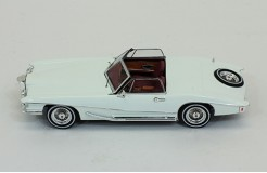 STUTZ Blackhawk Coupe - 1971
