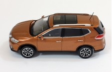 NISSAN X-Trail - Brown - 2014