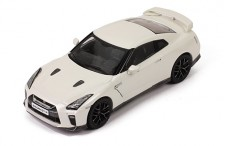 NISSAN GT-R 2017 BRILIANT WHITE