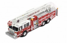 "SMEAL 105"" Aerial ladder - US Firetruck 2014 - Charlotte"